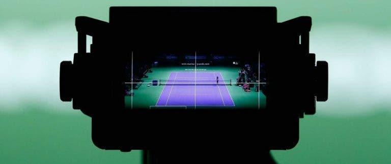 Quem disse que o circuito WTA tem falta de espectadores?