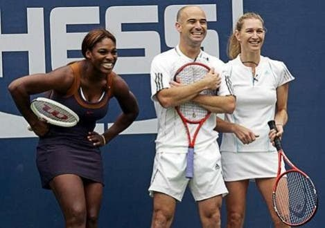 Andre Agassi feliz se Serena Williams ultrapassar Steffi Graf