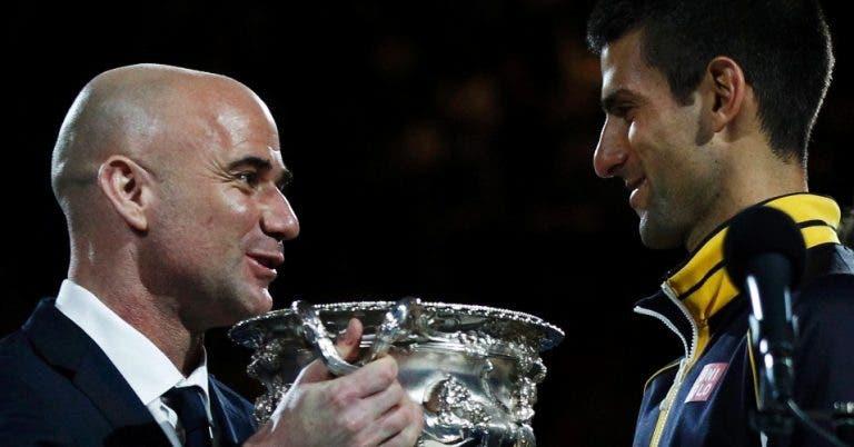 Agassi acredita que Djokovic vai vencer os quatro Grand Slams em 2015