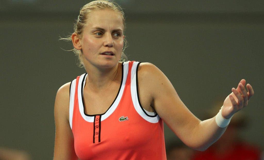 Jelena Dokic conta como chegou a dormir em Wimbledon com medo do pai