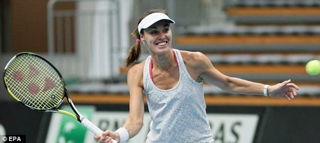 Martina Hingis disputa primeiro singular desde 2007