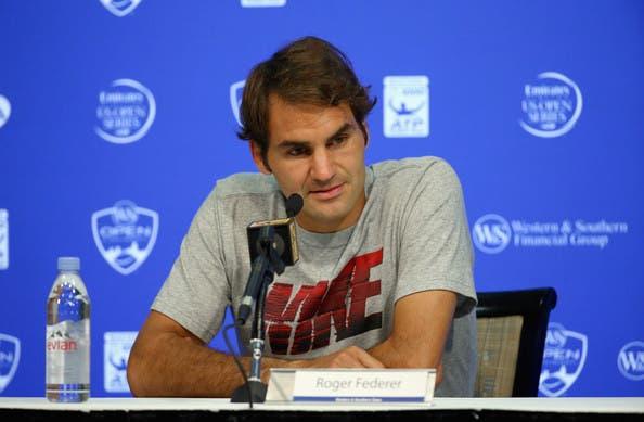 Federer junta-se à onda de críticas a Kyrgios