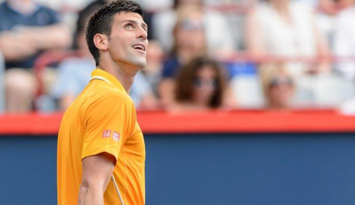 """Djokovic fica """"zonzo"""" com cheiro a cannabis em Montreal"""