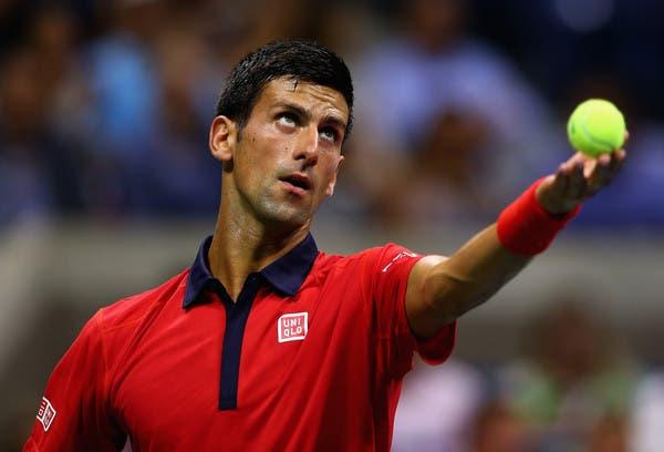 Novak Djokovic apanha susto mas apura-se