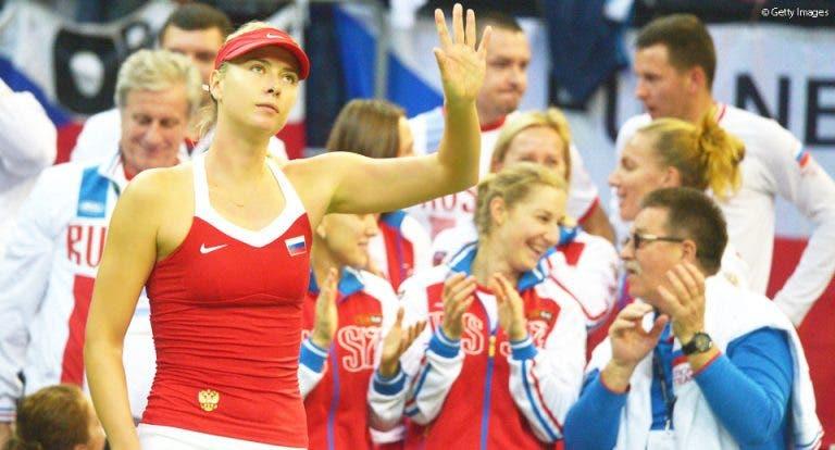 Sharapova: «Na minha cabeça, transformo as bandeiras checas em russas»