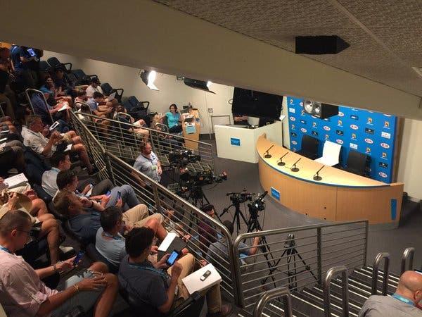 Conferência de imprensa. Foto: Pam Shiver