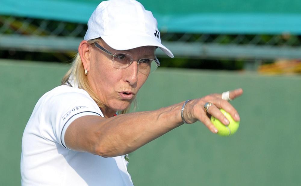 Estala a polémica ao descobrir-se que McEnroe ganha 10 vezes mais do que Navratilova em Wimbledon