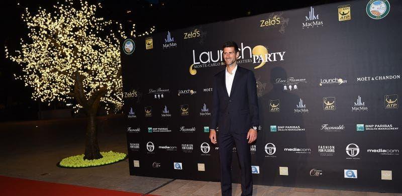 Djokovic feliz por «poder dormir na própria cama, para variar»