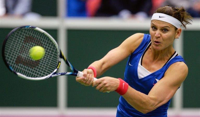 Lucie Safarova surpreende e vai retirar-se do ténis em janeiro