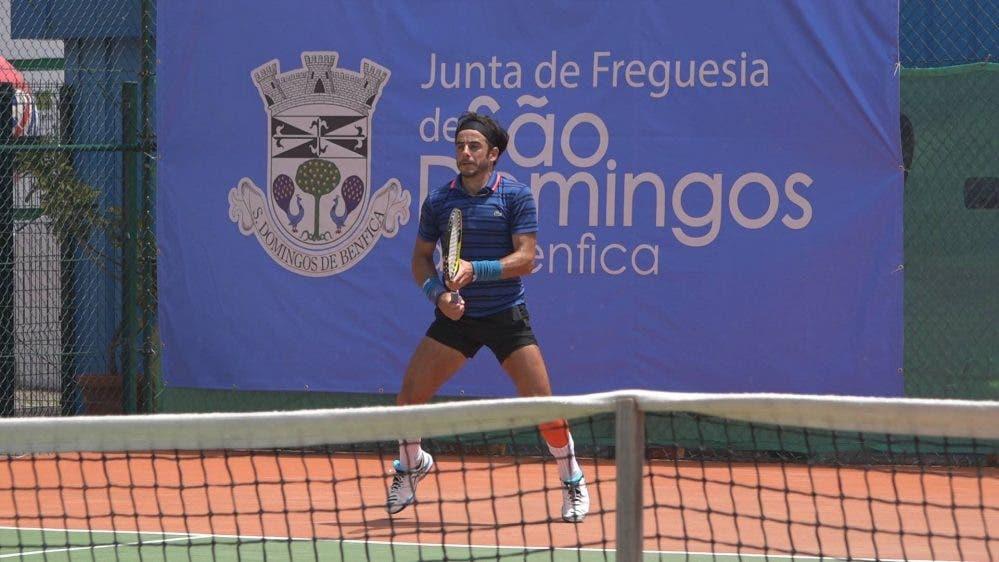 Gil bate Pedro Sousa e enfrenta Domingues na final