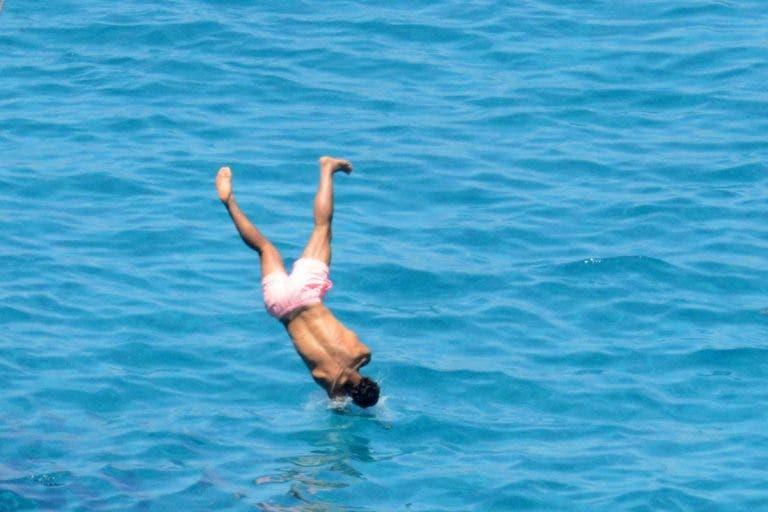 [Fotos] Nadal, a lesão e os mergulhos arriscados nas águas do Mediterrâneo