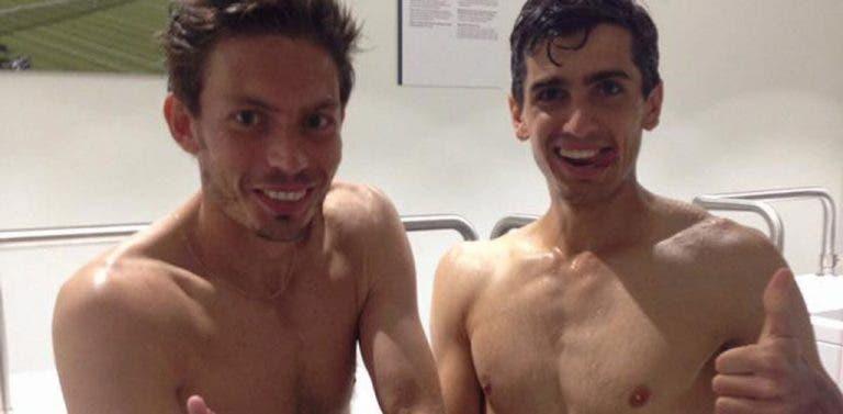 [Foto] Tomar banho com o adversário a meio do encontro? Aconteceu em Wimbledon