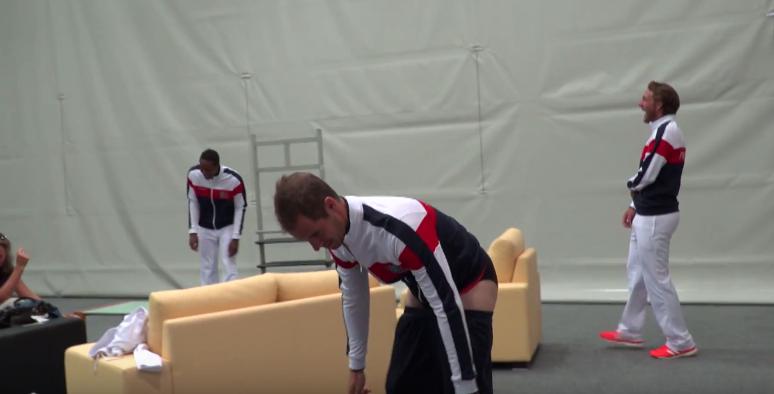 [Vídeo] Afinal, o que levou Gasquet a ficar de cuecas em pleno estágio da seleção francesa?