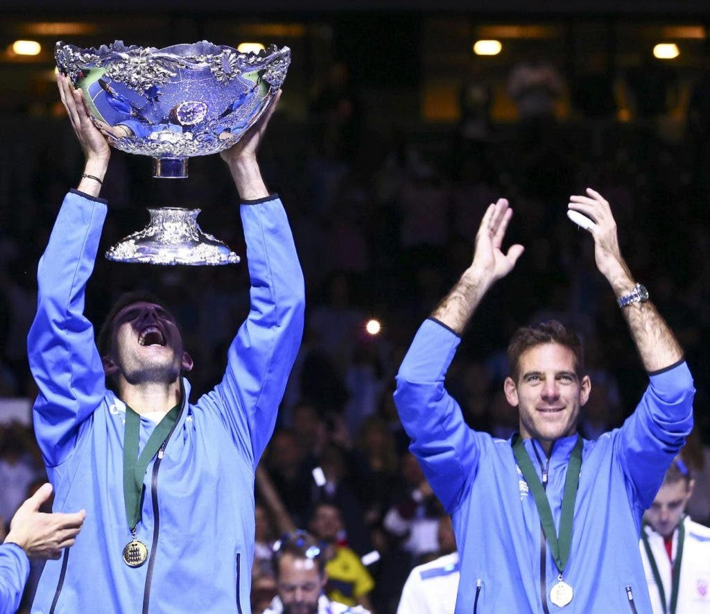 Tennis - Croatia v Argentina - Davis Cup Final - Arena Zagreb, Croatia - 27/11/16 Argentina's Federico Delbonis and Juan Martin del Potro react after winning the final of the Davis Cup.       REUTERS/Antonio Bronic TPX IMAGES OF THE DAY / Tennis - Croatia v Argentina - Davis Cup Final / X02994 / ANTONIO BRONIC / DAVIS-CUP-FINAL/ / SPO TEN TPX / :rel:d:bm:LR1ECBR1NXJRT / ZAGREB