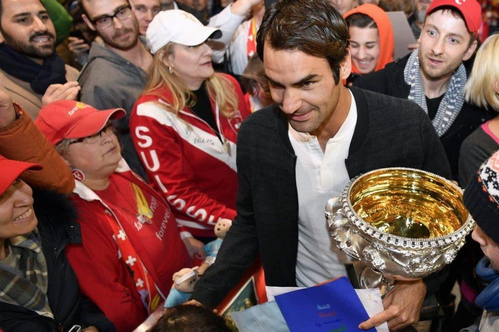 [Fotos] Euforia total no regresso de Federer à Suíça