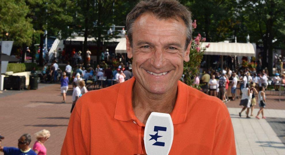 Wilander insiste: «A atitude de João Sousa merece que um dia ele chegue aos 'quartos' ou 'meias' de um Grand Slam»