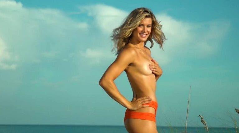 Bouchard: «Posar em topless ajudou-me a acalmar os nervos»