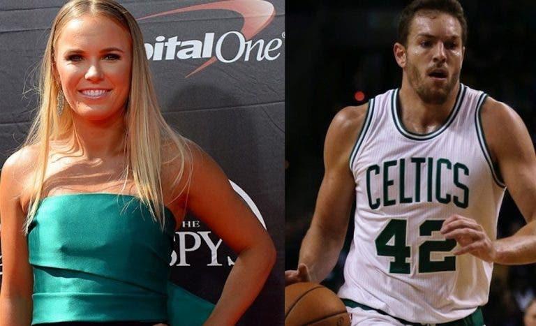 Caroline Wozniacki confirma namoro com ex-campeão da NBA
