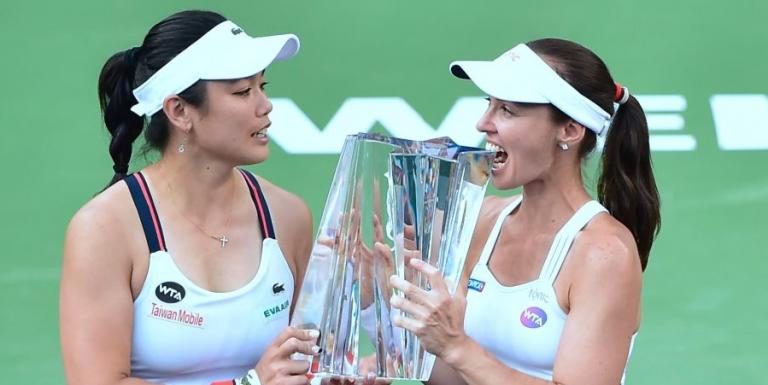 Ela não se cansa de ganhar. Martina Hingis campeã em Indian Wells 19 anos depois do primeiro título