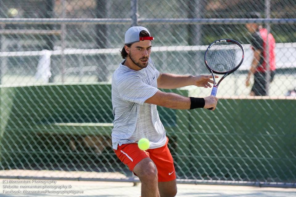 João Monteiro está na FINAL de pares no Clube de Ténis do Porto