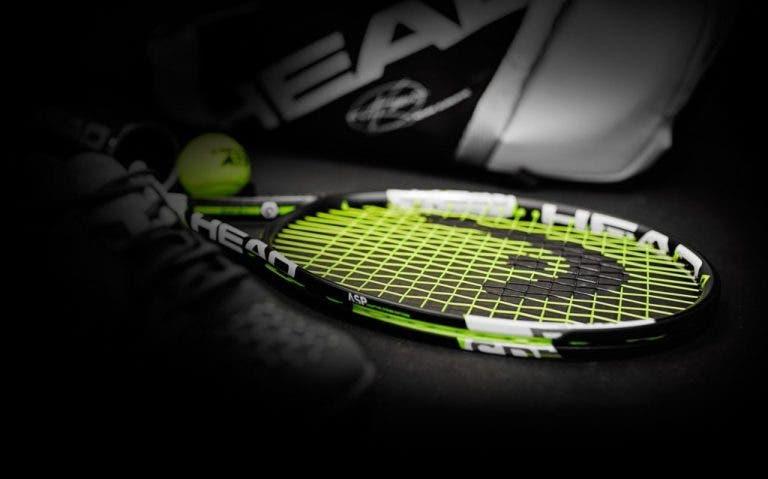 [TEMOS VENCEDOR] CONCURSO Bola Amarela/ProTennis: ganhe uma raquete da linha de Novak Djokovic