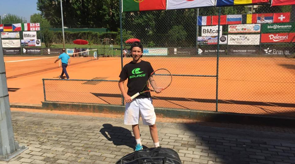 José Luís Kendall está nas meias-finais de singulares e pares do Braga Open 2017