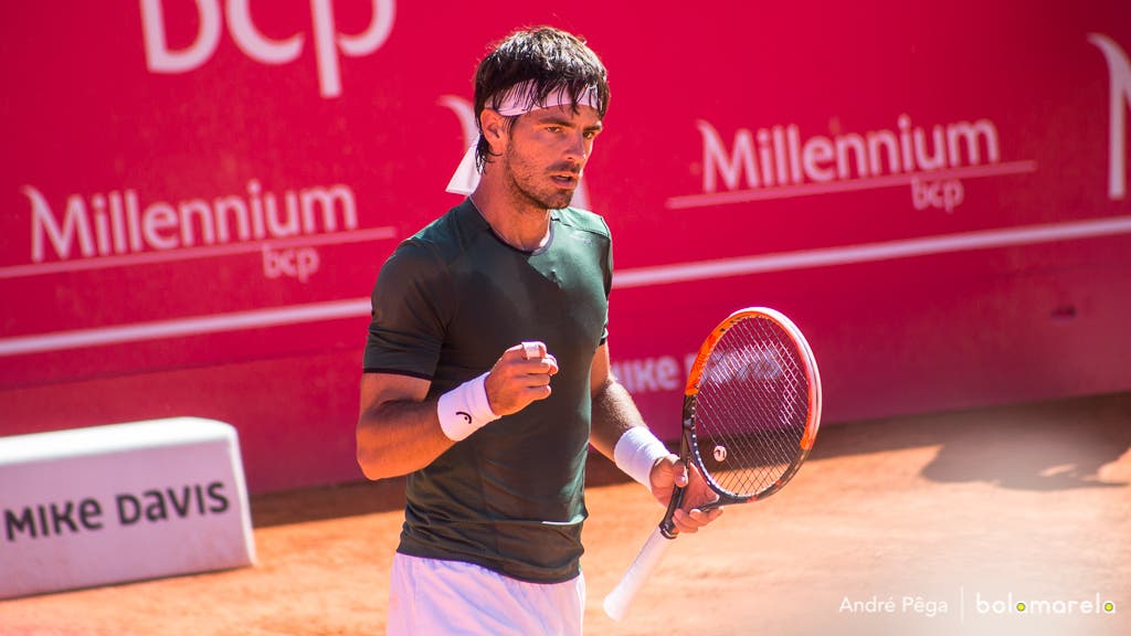 Montevideo. Gastão Elias vence João Domingues rumo à final