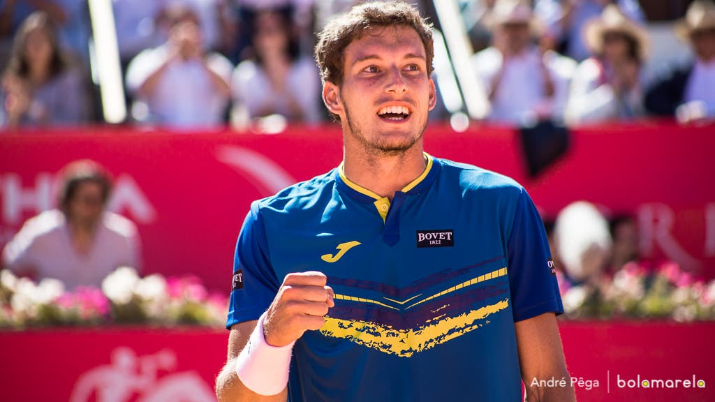 Carreno-Busta tira Ferrer do caminho e regressa à final no Estoril