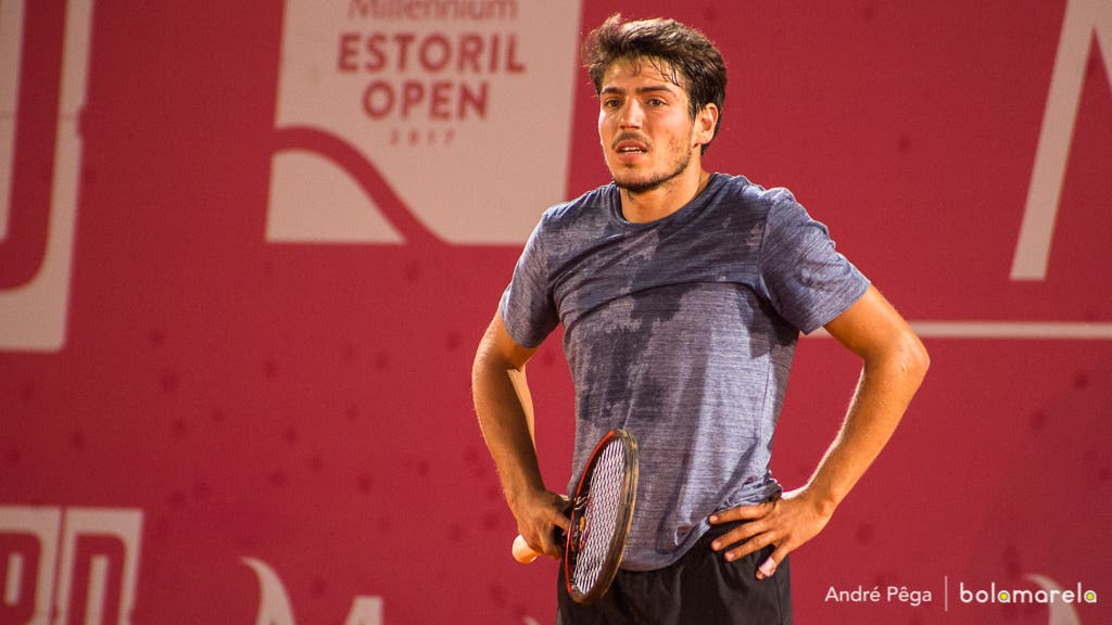 João Domingues derrotado em 58 minutos na segunda ronda em Cali