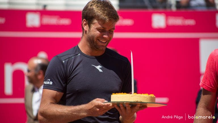 Ryan Harrison: 25 anos, um bolo e o título de pares do Millennium Estoril Open