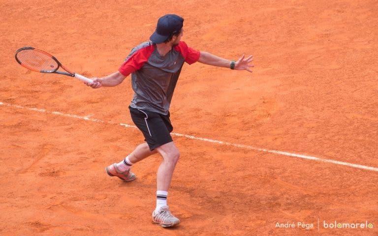 Lisboa Belém Open. Pedro Sousa ATROPELA rumo à segunda ronda em 58 minutos