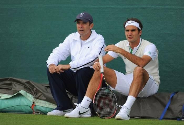 """Annacone: """"Será difícil para Roger bater Rafa ou Djokovic em superfícies lentas"""""""