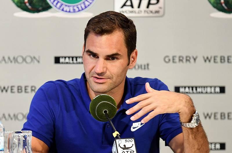 Federer não tem dúvidas sobre quem é o melhor de sempre. E não é ele