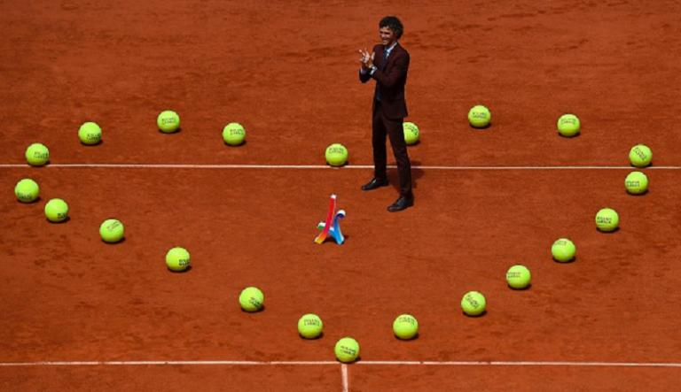 [Vídeo] A bonita homenagem de Roland Garros… a Guga Kuerten