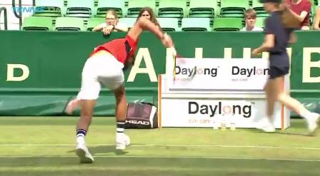 [Vídeo] Paire recebeu três warnings em dois minutos no ATP 500 de Halle