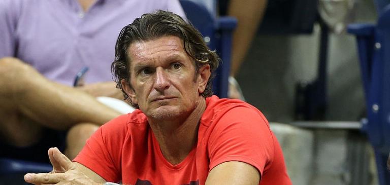 Treinador francês de Muguruza ataca público de Roland Garros: «Patético e sem classe»