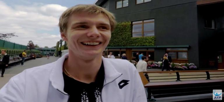 Bublik, o lucky loser: «O meu pai ligou-me, disse que eu ia jogar com o Murray e eu achei que ele estava a gozar»