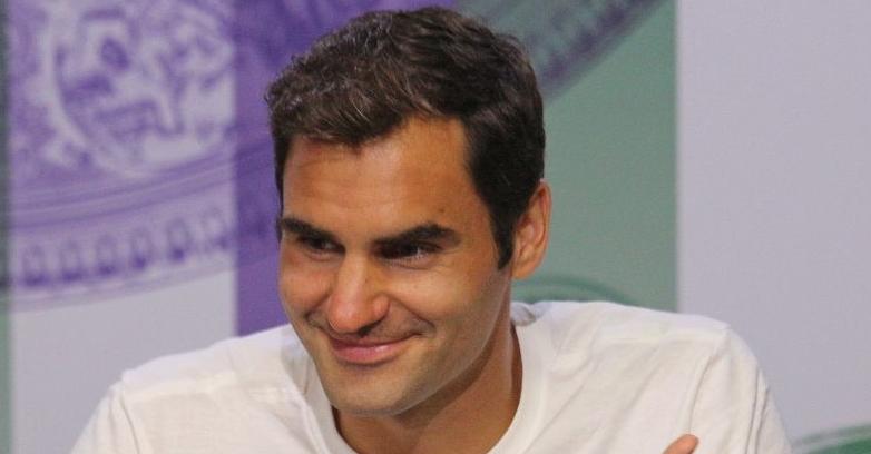 Federer ironiza: «Se calhar deveria parar outros seis meses!»