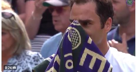 Roger Federer alcançou esta terça-feira o que só outros dois jogadores haviam feito: 10 MIL ases