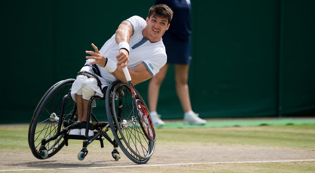 [VÍDEO] O bonito gesto de Djokovic que o número um mundial de cadeira de rodas não esqueceu