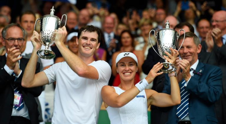 Tal como Federer, Martina Hingis e Jamie Murray ganham Wimbledon sem perder sets
