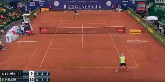 [VÍDEO] Os melhores momentos da vitória de João Sousa frente a Gerald Melzer em Kitzbühel