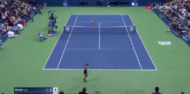 [VÍDEO] Sharapova e Kenin jogam ponto de outro Mundo no US Open