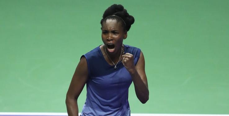 ETERNA. Venus Williams bate Muguruza, elimina a espanhola e apura-se para as meias-finais em Singapura