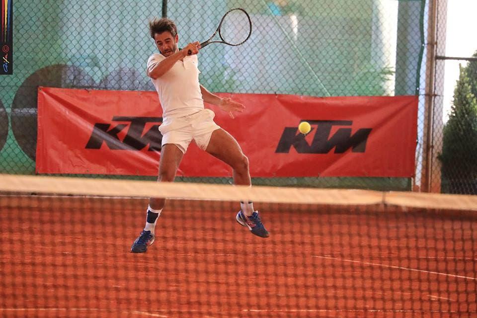 Fred Gil ultrapassa desafio e segue aos oitavos de final na Tunísia