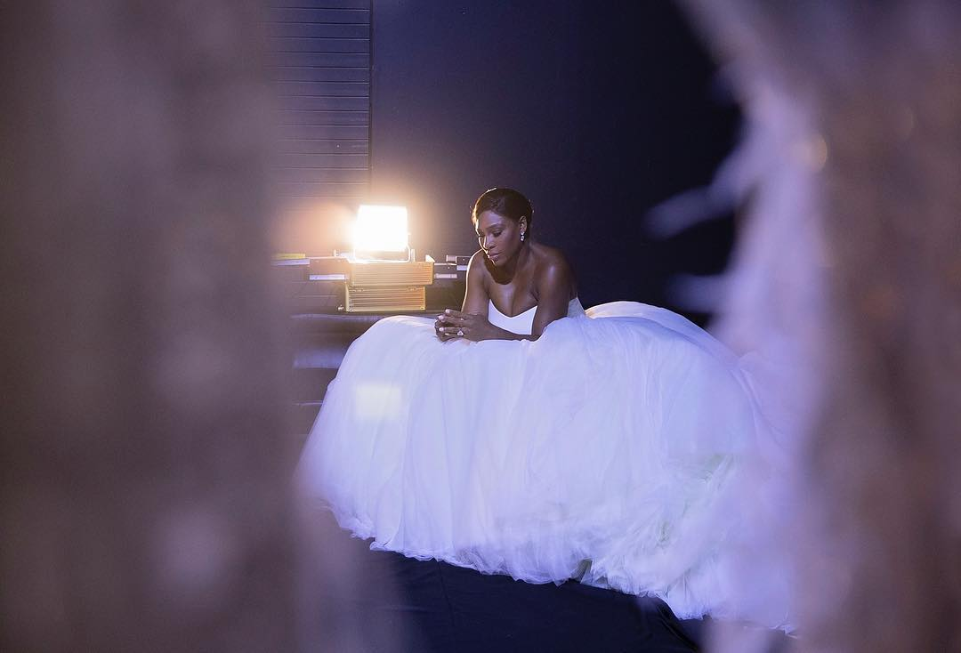 Serena Williams arrasa na capa da revista 'Brides'