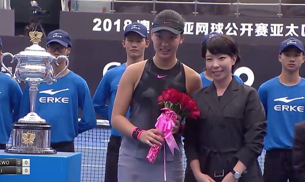 Chinesa de 16 anos conquista wildcard para o Open da Austrália