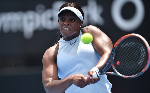 Stephens é arrasada em Sydney e soma sétima derrota seguida a abrir 2018
