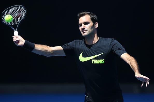 [VÍDEO E FOTOS] Federer já treina em Melbourne pronto a defender o título no Australian Open