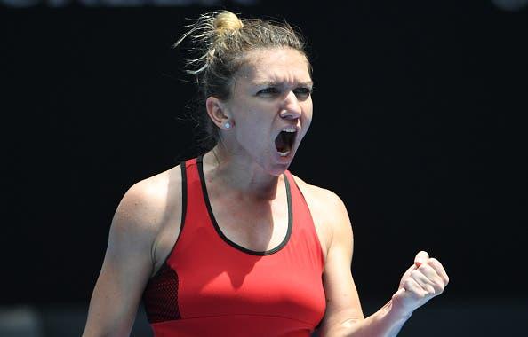 Simona Halep bate Maria Sharapova em duelo com 19 breaks